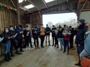 Les Term Bac Pro CGEA (voie scolaire) en visite au GAEC de l'Orée du Bois à Derval sur le thème des ressources communes.